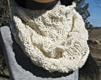 Knit Cowl, Infinity Scarf, White Alpaca Wool Cowl for Man or Woman, Circle, Loop Scarf, Great Gift