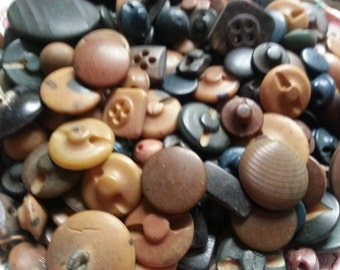 100 Vintage Vegetable Ivory Buttons. Natural Material. Mixed Sizes.