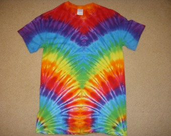 S tie dye t-shirt, mirror rainbow, small