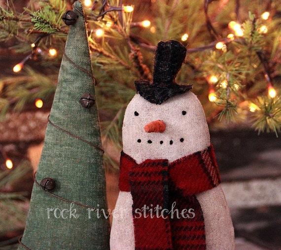 Primitive Folk Art Christmas Snowman and Tree Make Do's, Christmas Decoration, Primitive Christmas, Primitive Snowman