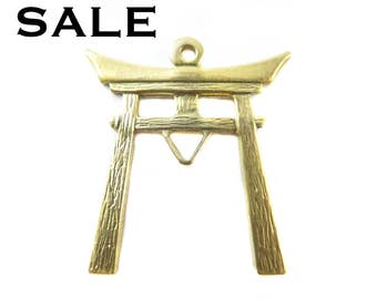 Brass Japanese Temple Charms- (6x) (V088) - SALE  25% off