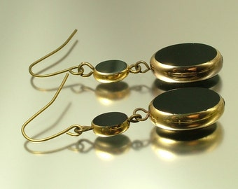 Vintage/ antique Art Deco 1950s/ 60s two tone black and gold glass costume drop earrings - estate jewelry jewellery