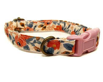 Nottingham - Peach Coral Floral Flowers Vintage Floral Shabby Chic Organic Cotton CAT Collar - All Antique Brass Hardware