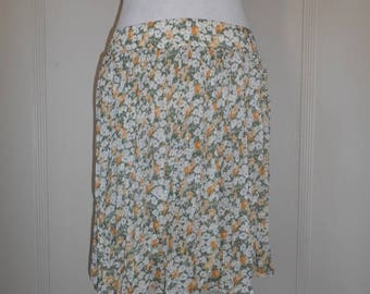 Closing Shop Sale 45% Off 90s Vintage short floral semi sheer