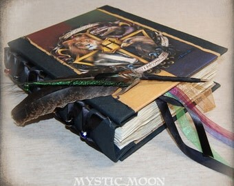 Hogwarts Crest/ Harry Potter Journal / Ravenclaw / Slytherin / Hufflepuff / Gryffindor / Harry Potter Gift / Nerdy Gifts / Hogwarts Letter