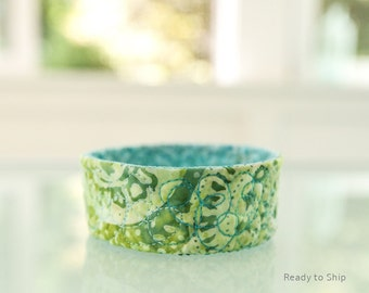 Jewelry Catcher Bowl Home Organization Green Ring Dish Quilted Trinket Bowl Green Blue Desk Accessory Under 20 Gift Fiber Art Gifts for Her