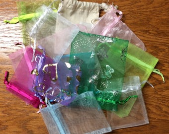 13 organza gift bags - assorted colors and sizes