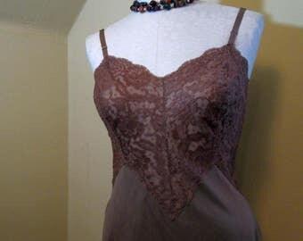 Lace bodice vintage Vanity Fair Slip 1960s Vanity Fair slip Vintage Cocoa Brown Slip vintage 60s Vanity Fair Lace lingerie M 36