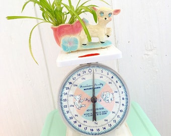 Oh Baby... Vintage American Family Nursery Baby Scale Nursery Decor Photography Prop