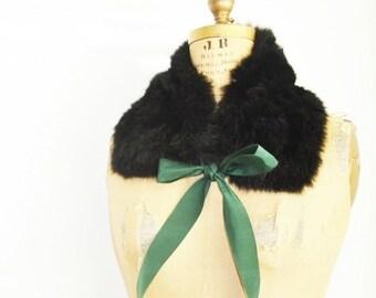 SALE- Black fur collar scarf with ribbon