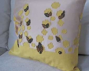 Pillow cover, tulle - coton fabric 19x17 inc . Living room pillow cover
