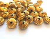 6 Vintage metal beads 14mmx9mm