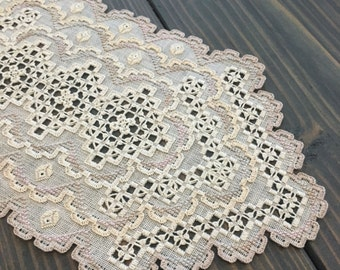 Stunning Hardanger centerpiece with lots of details