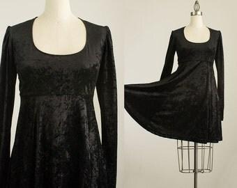 90s Vintage Black Velour Scoop Neck Grunge Style Mini Dress / Size Medium / 1990s Black Velvet Babydoll Dress
