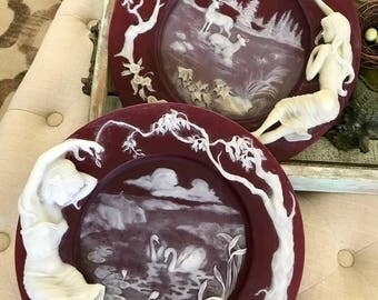 Incolay Studios Enchanted Moments Cameo Glass Plate Red and Ivory Jennifer's World & Tiffany's World Rosemary Calder TYCAALAK