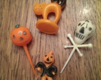 Set of 4 Vintage Halloween cupcake and cake decoration toppers.  Cat, skeleton, pumpkin, scarecrow