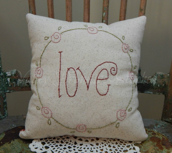 Decorative Valentine Pillows : Decorative Valentine s Pillow Love Pink Rosebuds