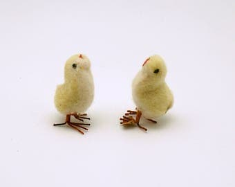 Vintage Easter Decoration Spun Cotton Chicks