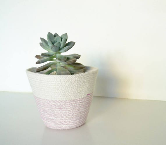 Rope plant pot great for a succulent planter centrepiece for your indoor decor. A boho decor bowl you can use in your entryway or nursery