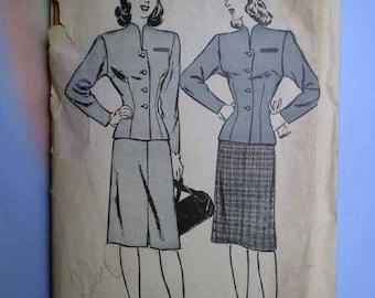Vintage 40s Padded Shoulder Jacket Skirt Suit Pattern 32