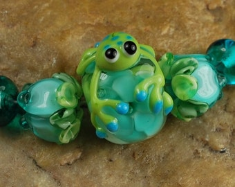 Glass Lampwork Beads, Frog In My Garden,  Flowers, Rose Buds, Encased Flowers SRA #212 by CC Design