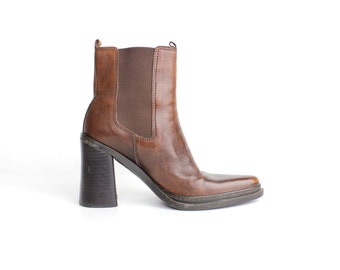 size 7.5 | Vintage Brown Leather Chelsea Boots | Pointed Toe Ankle Boots | Gored Brown Leather Boots | 38
