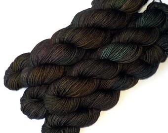 Worsted Handdyed Merino Cashmere Nylon Yarn - Grackles, 200 yards