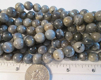10mm Labradorite Beads, Smooth Round, Gray Labradorite, Blue Flash, 0.8mm Hole, 15.5 Inch Strand, QTY 1 - gm552