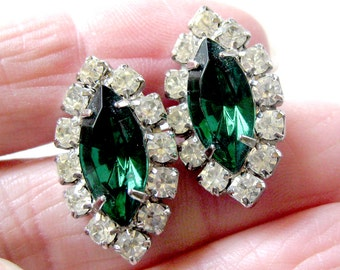 Vintage Rhinestone Earrings / Emerald Green and Sparkling Clear Stones / Glamour Girl / Pierced Earrings