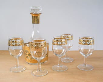 Vintage Culver Valencia Set • Wine Sherry Glasses and Decantur • Gold and Green
