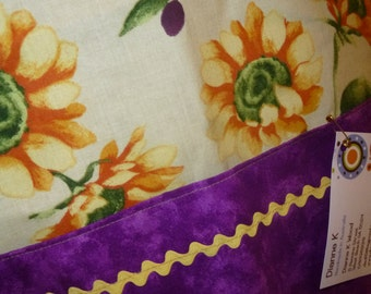 Apron Sunflowers and Olives (549)