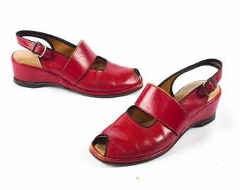 Vintage 1940s Wedges // 40s Wedges // RED Wedges // WW2 Wedges // 1940s Shoes // 40s Shoes // Peep Toe Peeptoe Wedges - sz 6