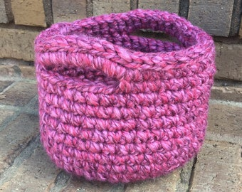 SALE! Crochet Basket in Magenta, with Handles