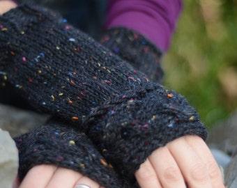 Outlander-Inspired Cable Fingerless Gloves