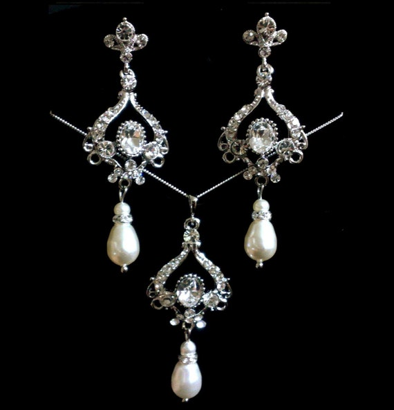 Chandelier Bridal Jewelry Set, Pearl Bridal Earrings, Swarovski Crystal Bridal Necklace, Victorian Wedding Jewelry, Gift for Her, NARNIA