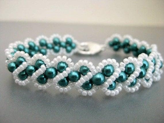 Pearl Bracelet in Teal and White  / Beaded Bracelet / RAW Bracelet / Seed Bead Bracelet / Made To Order / Beadwoven Bracelet / Beadwork