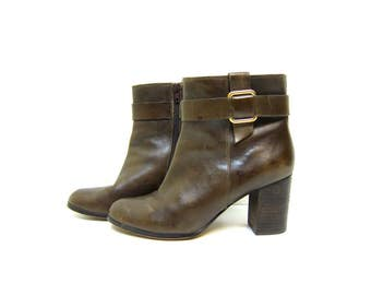 vintage 90s leather chelsea boots tortoise brown ankle boots high heel boots zip up fashion boots Lands End Boots Womens Size 9