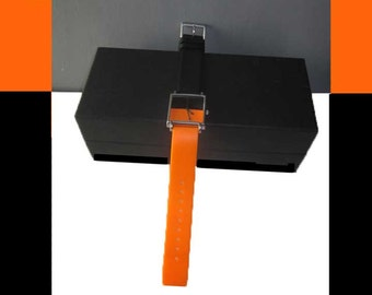 ACME Studios  Minimalist Quartz Wristwatch By Artist-Designer JOHANNA GRAWUNDER,Like New Working Condition