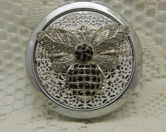 Bee Compact Mirror Insect Compact Mirror Bug Comes with Protective Pouch