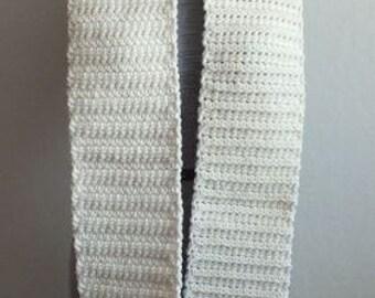409 - Ecru Textured Scarf