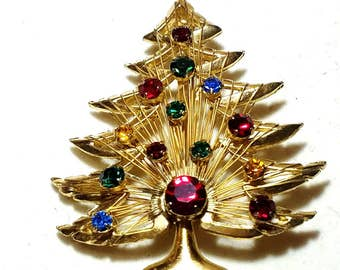 Brooks Gorgeous Christmas Tree Pin  Wire with Rhinestones Vintage Brooch
