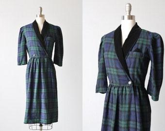 Vintage 1980s Tartan Plaid Wool Secretary Work Dress / Velvet Collar / Elastic Waist