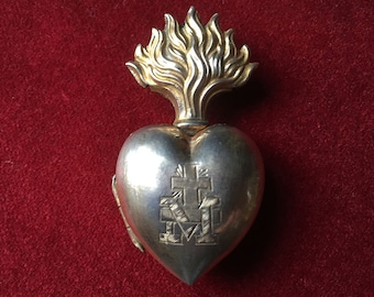 Heart of Mary, Antique French silver sacred heart, flaming heart reliquary Ex Voto locket pendant, Immaculate Heart engraved