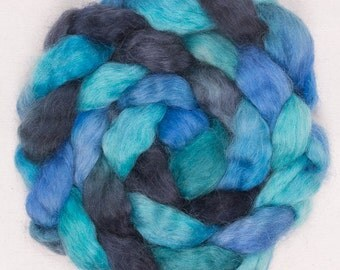 Teeswater, Hand painted spinning wool, hand painted top, spinning fibre, felting fibre, fiber,Teeswater, 100g, Colour; Blue Yonder