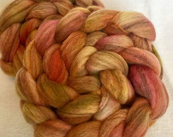 Hand painted roving, Polwarth Merino D'Arles, 100g, spinning wool,  fibre,  Rare breed wool, Felting, French Merino, Day Lily