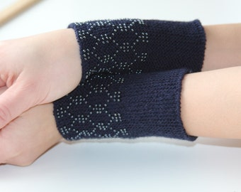 Handknitted lithuanian beaded dark blue woolen wrist warmers/ready to ship/beaded wrist warmers/handknitted wristwarmers