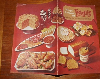 OKLAHOMA SOONERS ...Be a Gourmet with Peanuts Recipe Booklet  1065