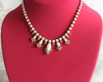 Vintage White Clear Rhinestones Gold Tone Necklace