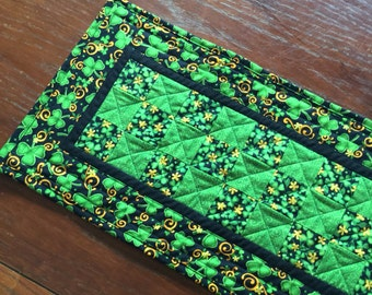 St Patrick's Day Table Runner, Shamrock Quilted Table Runner, Green Black St Patrick's Runner