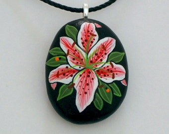Pebble art-pink daylily-stone pendant necklace-painted rocks-summer finds-ooak birthday gift idea under 40-best friend gift-handmade jewelry